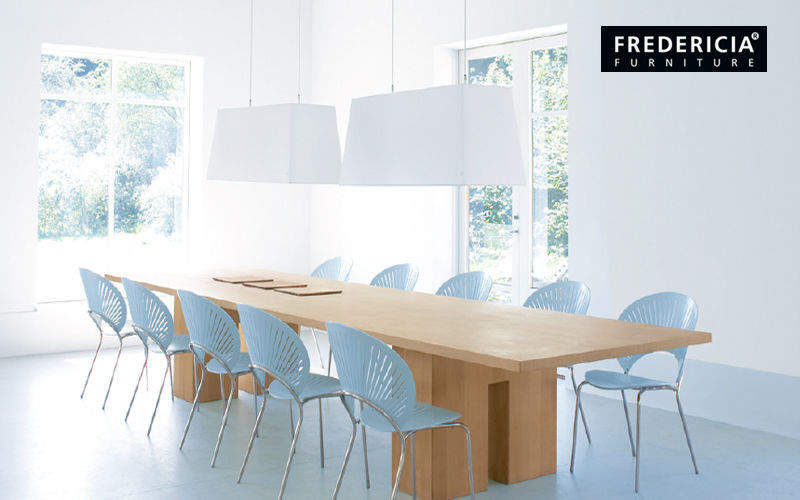 Fredericia    Bureau | Contract