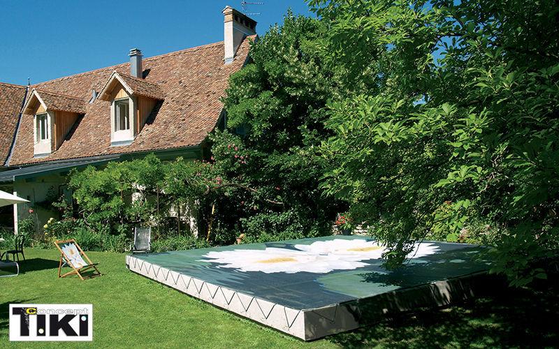 Tiki concept Piscine traditionnelle Piscines Piscine et Spa Jardin-Piscine | Charme