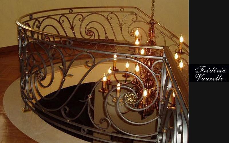 FERRONNERIE VAUZELLE Rampe d'escalier Escaliers Echelles Equipement  |