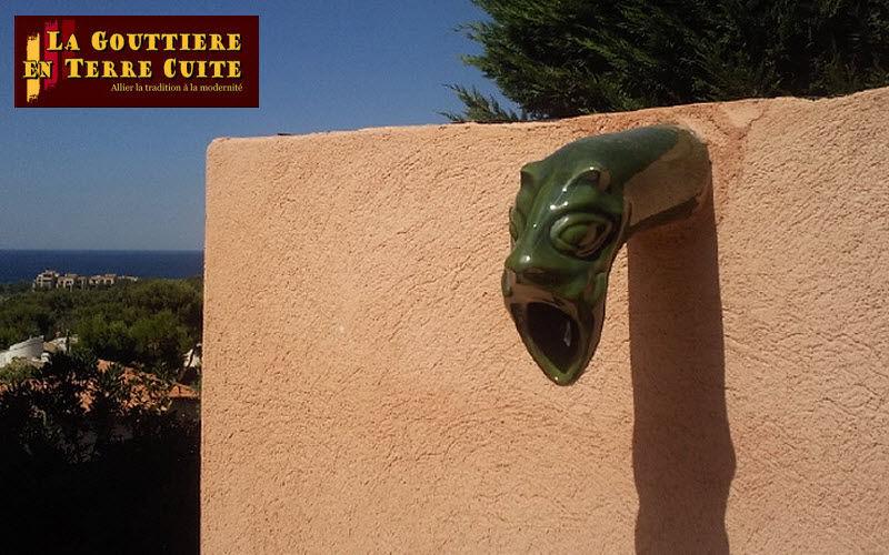 LA GOUTTIERE EN TERRE CUITE Gargouille Architecture Art et Ornements  |