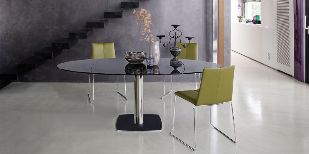 Draenert Table de repas ovale Tables de repas Tables & divers  |