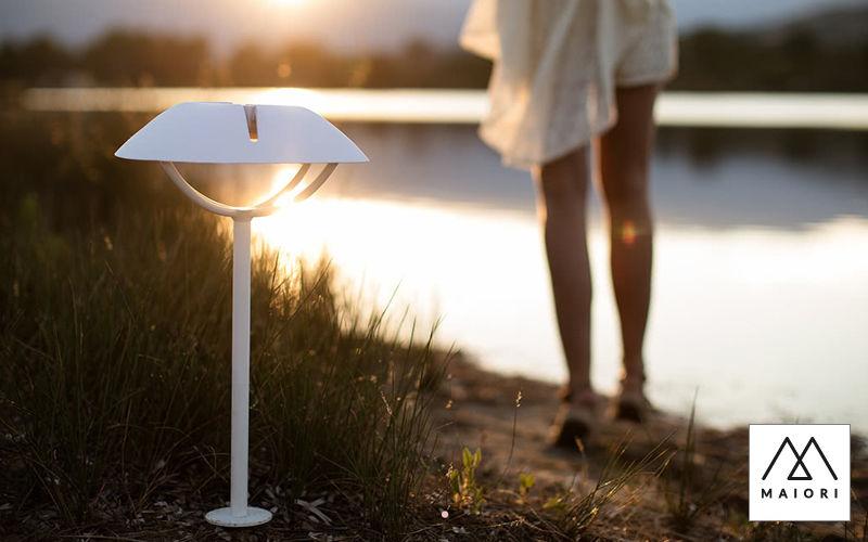 borne d 39 ext rieur luminaires de sol decofinder. Black Bedroom Furniture Sets. Home Design Ideas