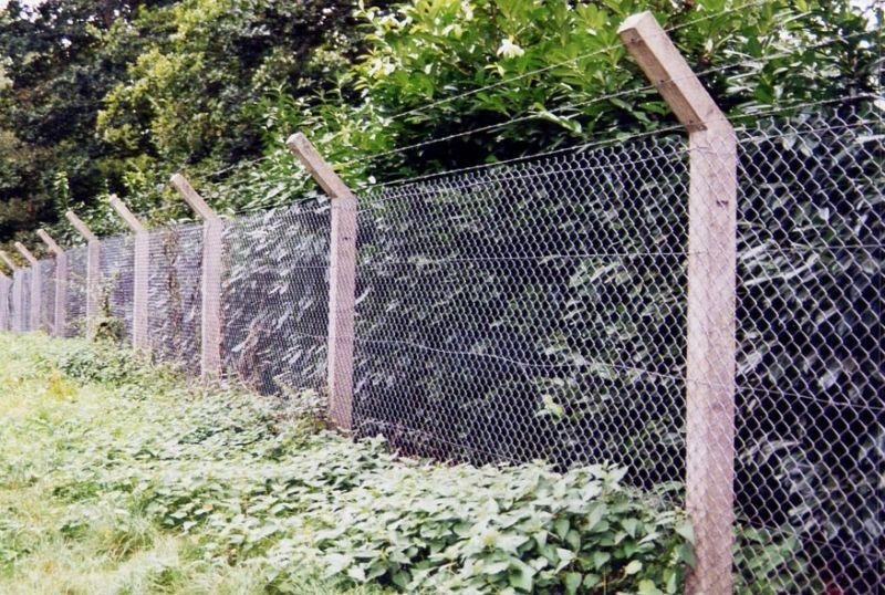 CLOTURES NICOLAS Clôture défensive Clôtures Bordures Jardin Abris Portails...  |