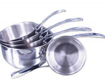 SCHUMANN PROFESSIONNEL - serie de 5 casseroles design - schumann - Casserole