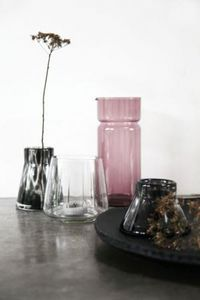 ONSHUS -  - Vase À Fleurs