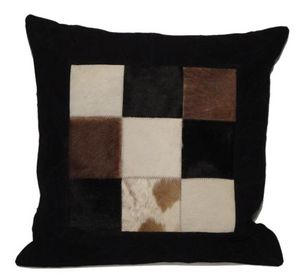 BYROOM - cow skin - Coussin Carré