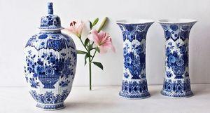 ROYAL DELFT -  - Vase À Fleurs