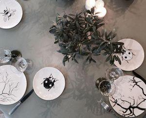 THREE SEVEN -  - Assiette Plate