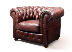 ROSE & MOORE -  - Fauteuil Chesterfield