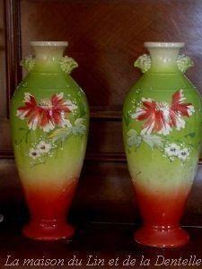 Maison du Lin et de la Dentelle (linge-ancien.com) -  - Vase À Fleurs