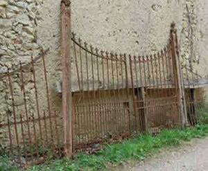 Brocante de la Fénière -  - Portail De Jardin
