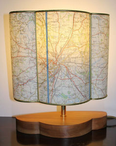 Sarah Walker Artshades - map half shade - Lampe À Poser