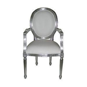 DECO PRIVE - fauteuil cabriolet style louis xvi en bois argenté - Fauteuil Médaillon