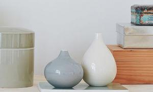 Anne Black -  - Vase Décoratif