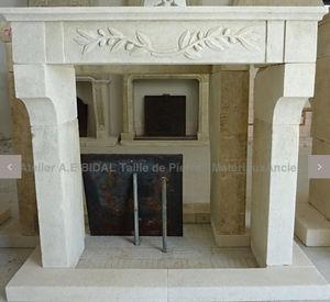 Atelier Alain Bidal - provençale - Manteau De Cheminée