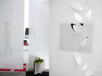 Lily Latifi - guirlande de feuilles - Panneau Japonais