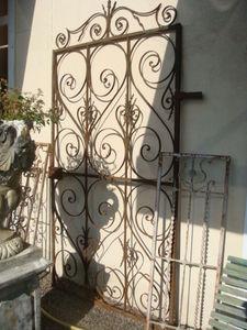 Antiquités Braga -  - Portillon