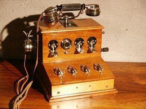 Au Réveil du Temps -  - Téléphone Décoratif