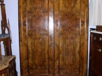 DS Antiquit�s -  - Armoire Ling�re