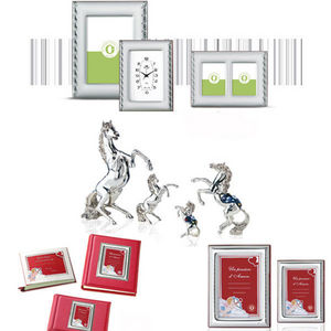 INTERNATIONAL GIFT_LARMS GROUP - in resina ricoperta di argento - Sculpture Animalière