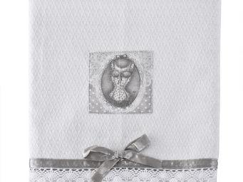 Mathilde M - serviette de bain esprit lingerie - Serviette De Toilette