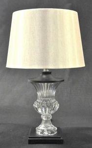 Demeure et Jardin - lampe médicis en verre - Lampe À Poser