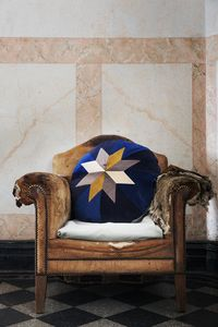 CHRISTINA LUNDSTEEN -  - Coussin Rond
