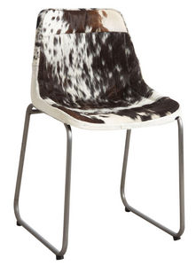 Aubry-Gaspard - chaise en peau de vache noire et blanche - Chaise