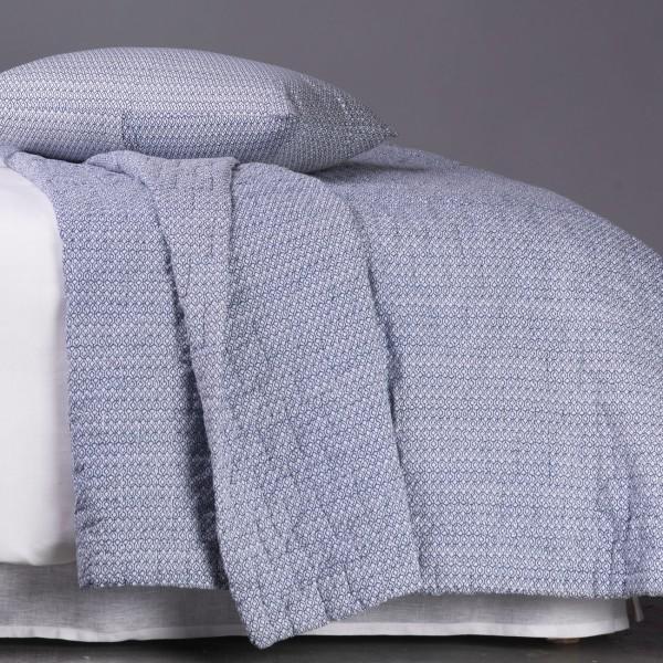 ikat indigo jet de lit blanc d 39 ivoire decofinder. Black Bedroom Furniture Sets. Home Design Ideas