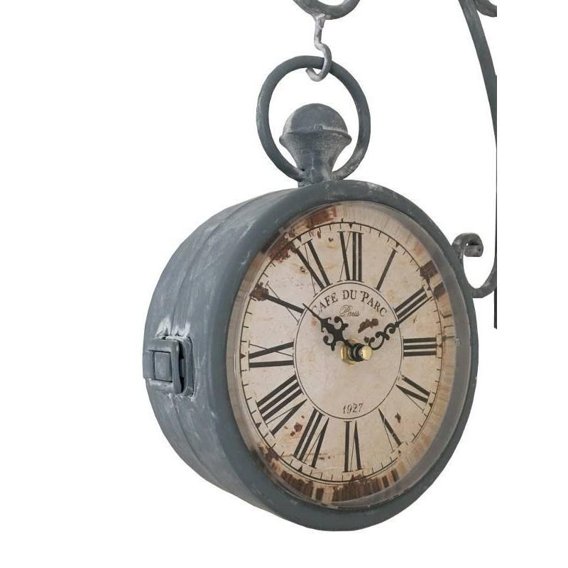 style ancienne horloge de gare double face murale. Black Bedroom Furniture Sets. Home Design Ideas