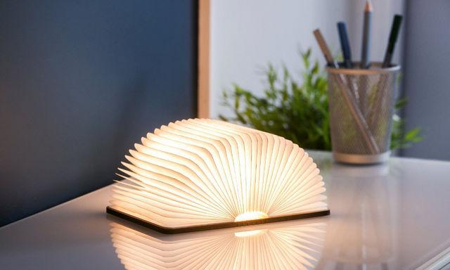 Gingko - Lampe à poser-Gingko-MINI SMART BOOKLIGHT - lampe cuir noir 12.5 cm