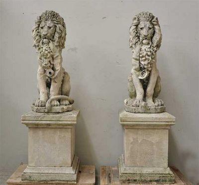 GALERIE MARC MAISON - Lion-GALERIE MARC MAISON-Lions, paire de statues en pierre