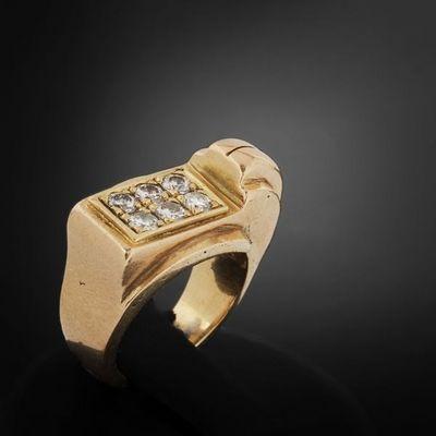 Expertissim - Bague-Expertissim-Bague de type tank en or et diamants