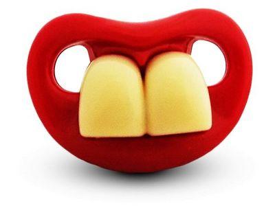 WHITE LABEL - Tétine-WHITE LABEL-Sucette et tétine drôle avec deux grandes dents HA