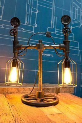 COMPAGNIE DES AMPOULES A FILAMENT - Lampe à poser-COMPAGNIE DES AMPOULES A FILAMENT-Lampe Tube-Compteur 2