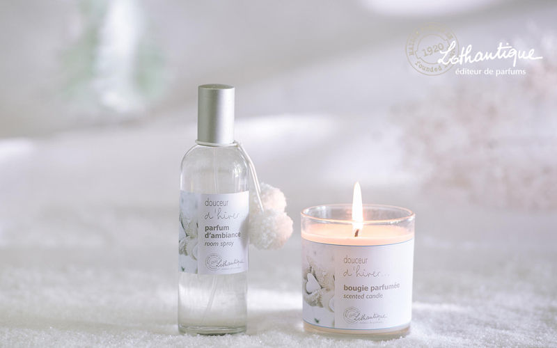 Lothantique Scented candle Scents Flowers and Fragrances  |