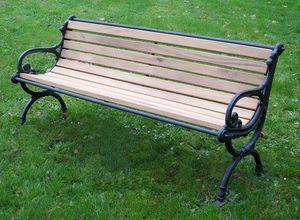Replicata - tedesco - Town Bench