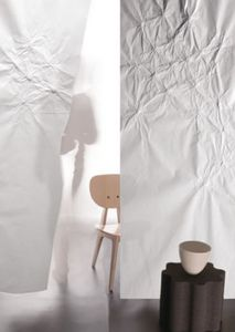 Lily Latifi Paper screen