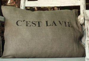AQUAVIREO -  - Rectangular Cushion