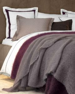 LUIZ - aubergine - Coverlet / Throw