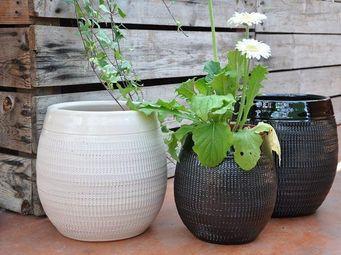 Les Poteries Clair de Terre - yin yang - Flower Container