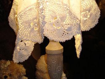 au petit coeur d'amour -  - Bedside Lamp