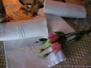 Maison du Lin et de la Dentelle (linge-ancien.com) -  - Guest Towel