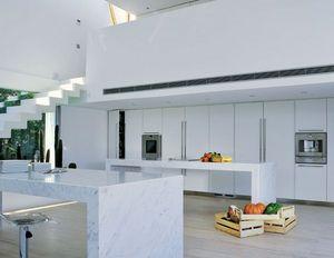 Atelier De Saint Paul -  - Modern Kitchen