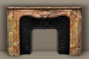 MAISON & MAISON - ducs de nantes, cheminée sur mesure en marbre - Fireplace Mantel