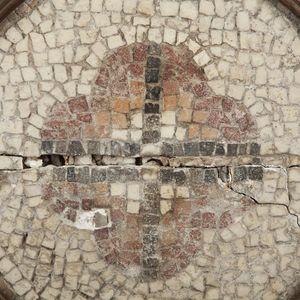 Expertissim - mosaïque à décor végétal quadrilobé - Mosaic