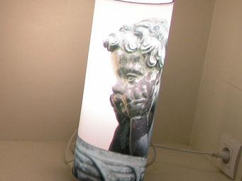 TOUCH OF LIGHT - lampe ange chérubin les chérubins - Illuminated Column