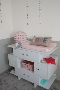 MADAKET -  - Nursery Table