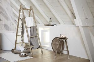 RIVERDALE -  - Decorative Ladder