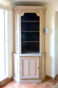 QUERCUS MEUBLES -  - Corner Cupboard